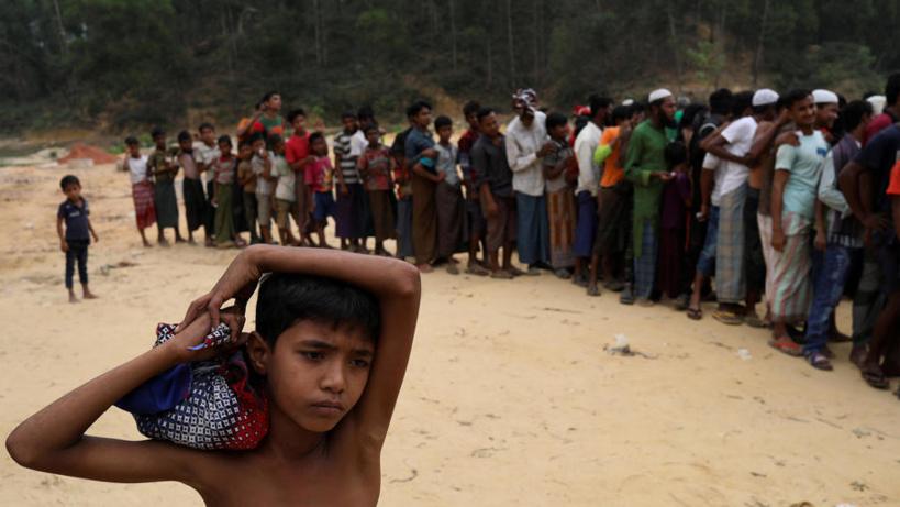 Bangladesh: au moins 15 morts dans le naufrage d'un bateau de réfugiés rohingyas