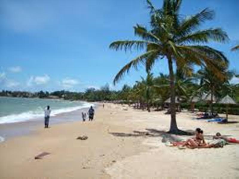 Tourisme: le Sénégal veut passer de 2,3 millions de passagers en 2018 à 5 millions en 2025 et 10 millions en 2035