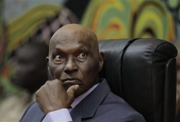 Me Abdoulaye Wade sous le poids d'une dette d'1 milliard 700 millions Fcfa