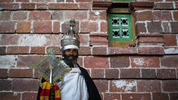 Retour en Ethiopie d'une couronne du XVIIIe siècle