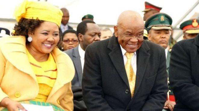 Meurtre de son ex-épouse: le Premier ministre du Lesotho Thomas Thabane au tribunal