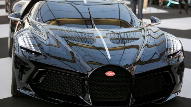 Une Bugatti Veyron crée le buzz en Zambie sous fond de blanchiment d'argent