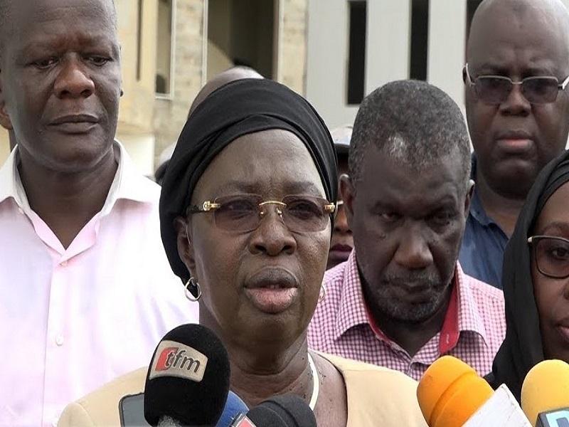 Rapport de l'Ofnac 2017-2018: Macky Sall limoge Socé Diop Dione, directrice d'une agence