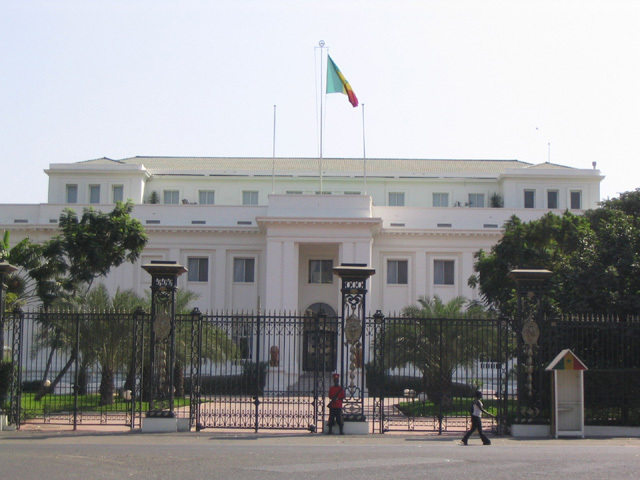 Palais de la République : des documents confidentiels volés, des suspects arrêtés