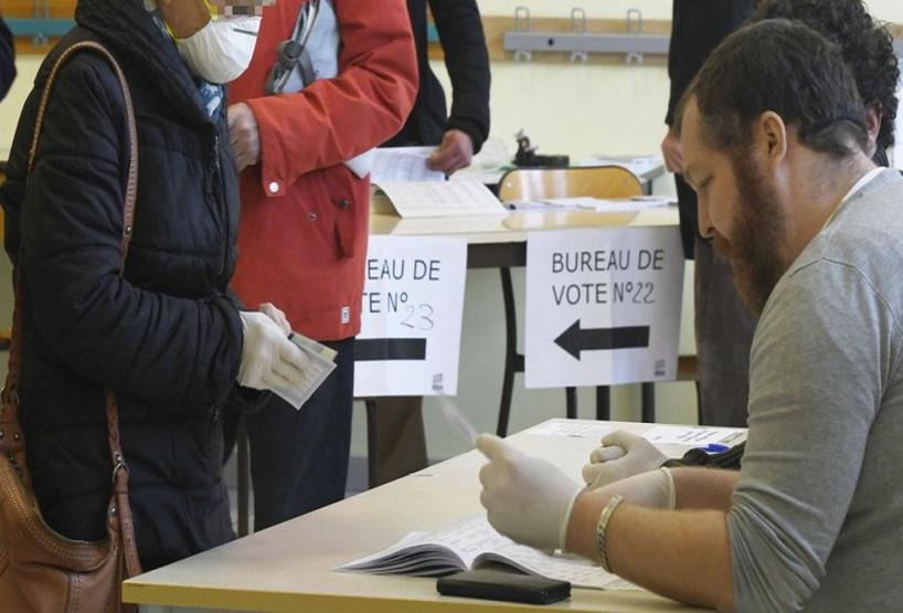 Municipales 2020 en France : participation de 18,38 % à midi sur fond de craintes de contagion du coronavirus