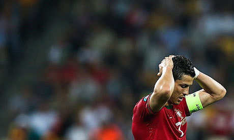 Euro 2012-Portugal : Figo défend Ronaldo