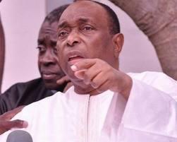 """Jean Paul Dias tire sur Youssou Ndour : """"Sa présence dans le gouvernement fait désordre"""""""