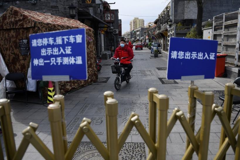 Largement guérie du coronavirus, la Chine passe à l'offensive