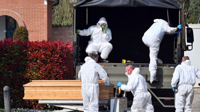 Point Coronavirus: près de 1000 morts en Italie ce vendredi, confinement prolongé en France jusqu'au 14 avril