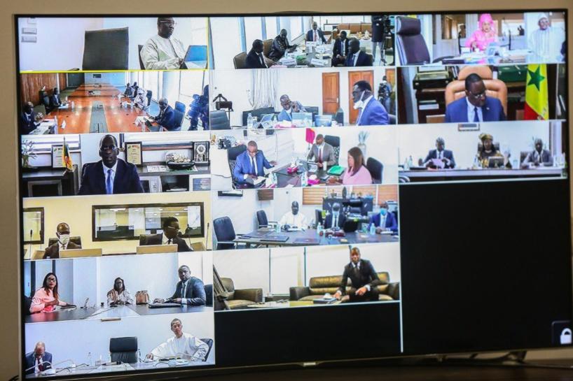 Les images du Conseil des ministres par visioconférence
