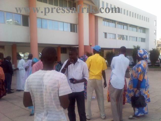 PHOTOS & VIDEOS - Proches et militants d'Ousmane Ngom déboussolés n'excluent pas de passer à l'action