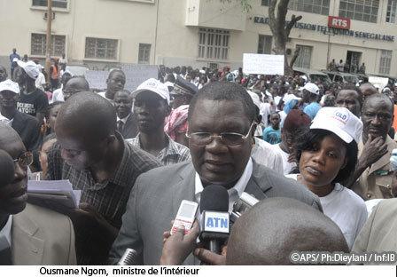 Interpellé puis relaxé par les enquêteurs, Ousmane Ngom dénonce « une prise d'otage »