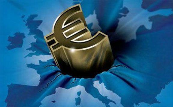 La zone euro toujours sous pression pour trouver une issue à la crise de la dette souveraine