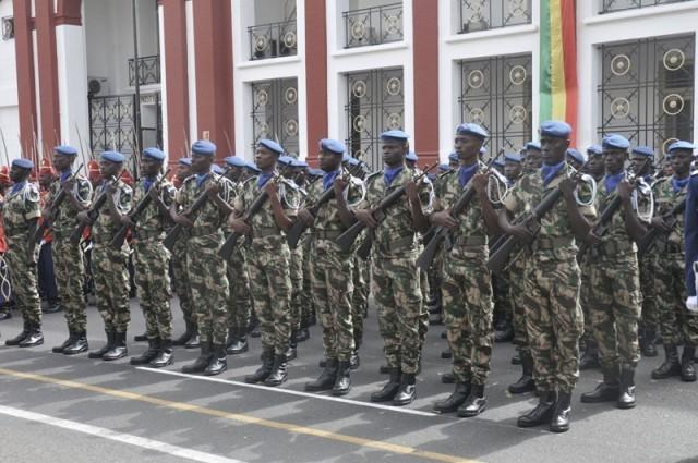 Législatives 2012: Militaires et paramilitaires boudent les urnes