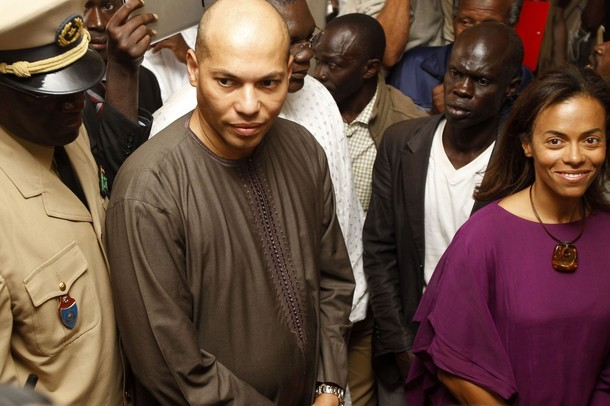 Dents pour dents, Karim Wade réplique à ses accusations : « Fuir qui, quoi et surtout pourquoi ? »