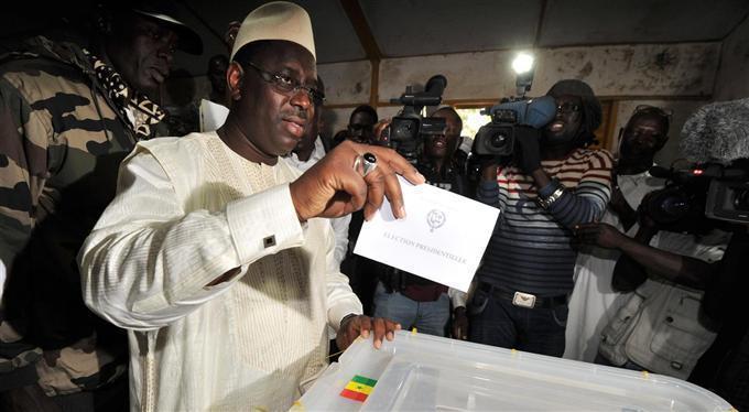 Scrutin Législatives  2012 : Macky Sall regrette le manque d'affluence et appelle à aller voter
