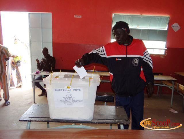 Scrutin Législatives 2012-Insensibilité des sénégalais au scrutin : les autorités déplorent et implorent le peuple à réagir