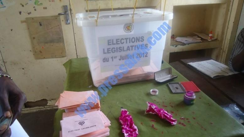 Direct Résultats scrutin Législatives 2012 minute par minute: BBY s'échappe, Bokk Guiss-guiss fatigue le PDS