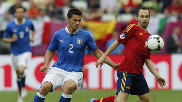 """Iniesta, meilleur joueur de la finale de l'Euro: """"je joue pour être heureux"""""""