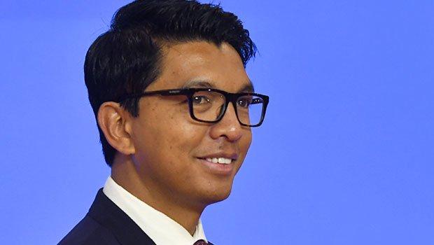 Covid-Organics, remède local vanté par Andry Rajoelina, le Président malgache — Coronavirus