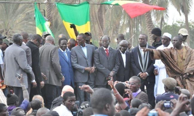 """Assemblée nationale face à BBY: Macky Sall, """"otage"""" du jeu des alliances"""
