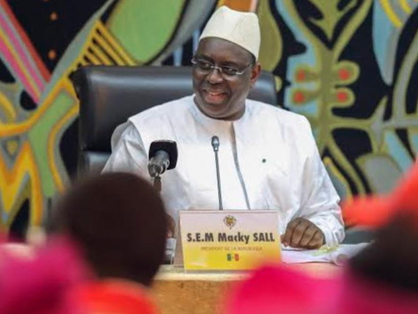 """Macky envoie ses vœux aux travailleurs sénégalais et salue """"l'engagement patriotique des centrales syndicales"""""""