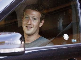 Le patron de facebook Mark Zuckerberg à Sun Valley, Idaho le 12 juillet 2012.
