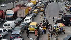 Covid-19 : le Nigeria amorce sa levée du confinement