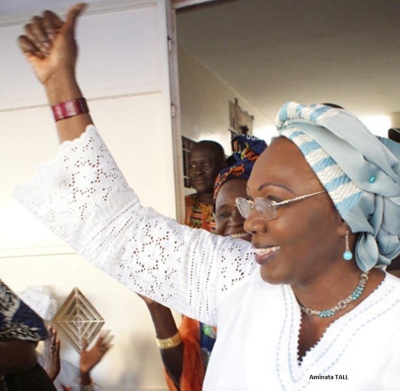 Aminata Tall sur la rumeur relative au limogeage d'Abdoul Mbaye : « on ne change pas une équipe qui gangne »