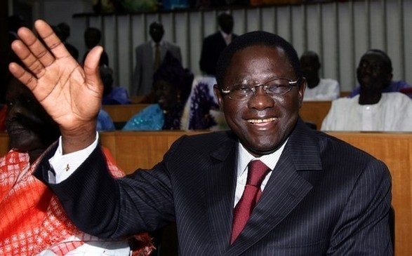 Assemblé nationale : Pape Diop a remis sa lettre de démission à Moustapha Niasse