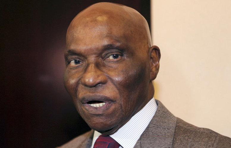 """Abdoulaye Wade """"a remis illégalement des milliers de terres à des multinationales"""", révèle l'économiste suisse, Jean Ziegler"""