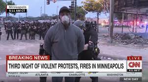 Un journaliste noir de CNN arrêté et menotté en plein direct alors qu'il couvre les émeutes à Minneapolis