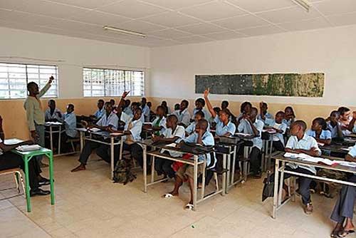 La LD Debout s'interroge sur l'opportunité de la réouverture précoce des écoles