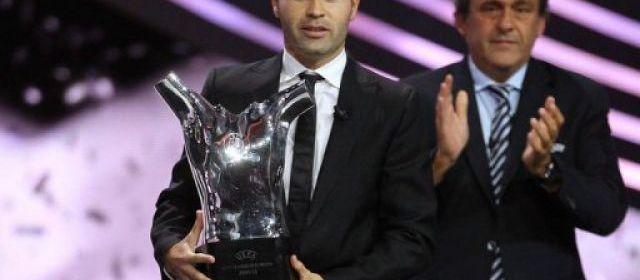 UEFA: Iniesta sacré meilleur joueur devant Messi et Ronaldo