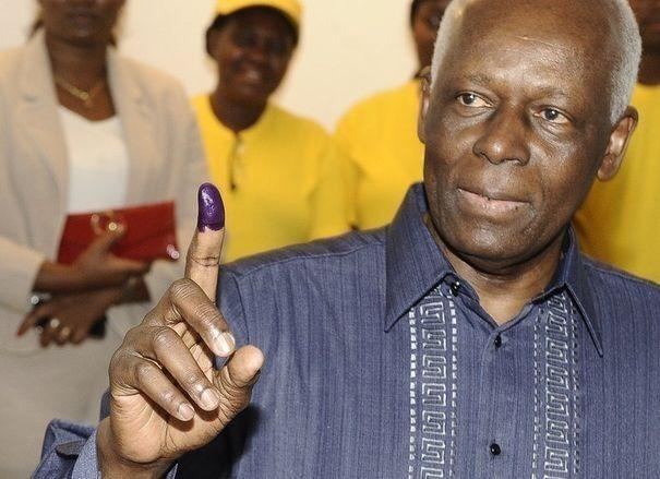 Elections en Angola : le MPLA du président dos Santos largement en tête, selon des résultats partiels