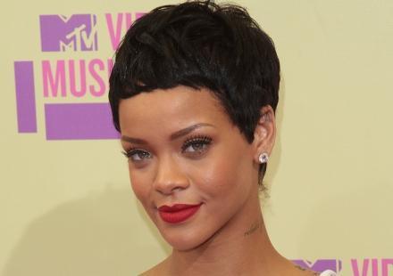 "Rihanna soutient Chris Brown : ""Je hais Drake"""