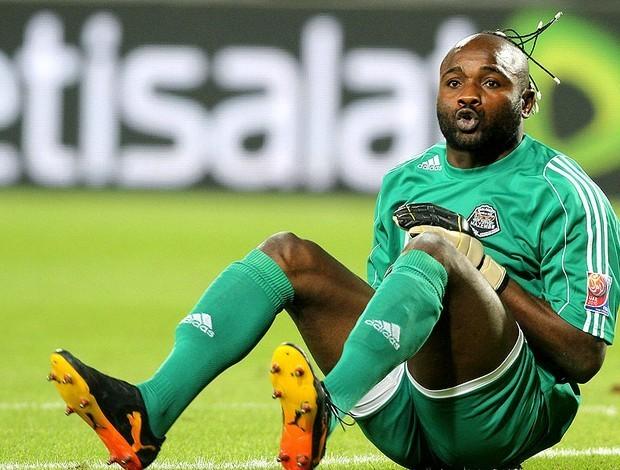Le gardien de but congolais Muteba Kidiaba célébrant un but de la RDC.