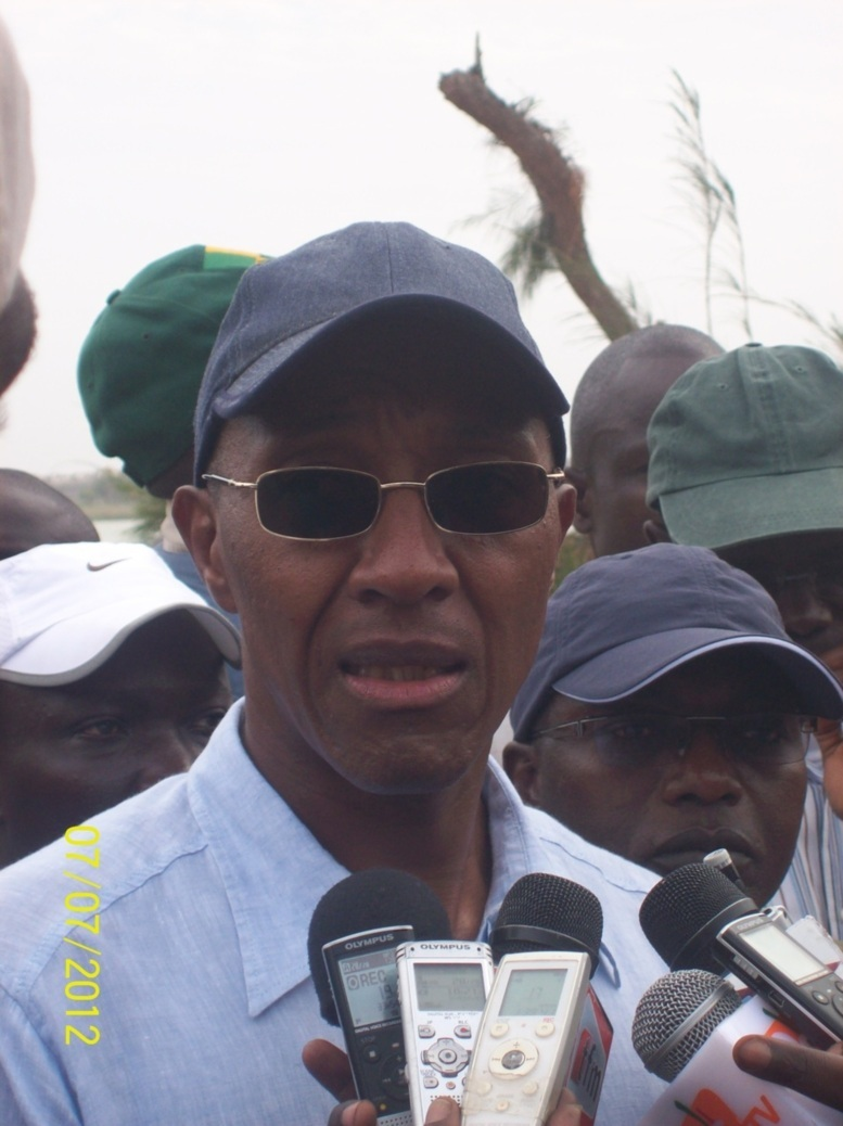 """Direct Assemblée nationale: """"Trop de priorités ont été négligées au profit de dépenses somptueuses"""", selon le Premier ministre"""