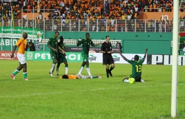 Côte d'Ivoire-Sénégal: les Lions ne décolèrent pas contre l'arbitrage