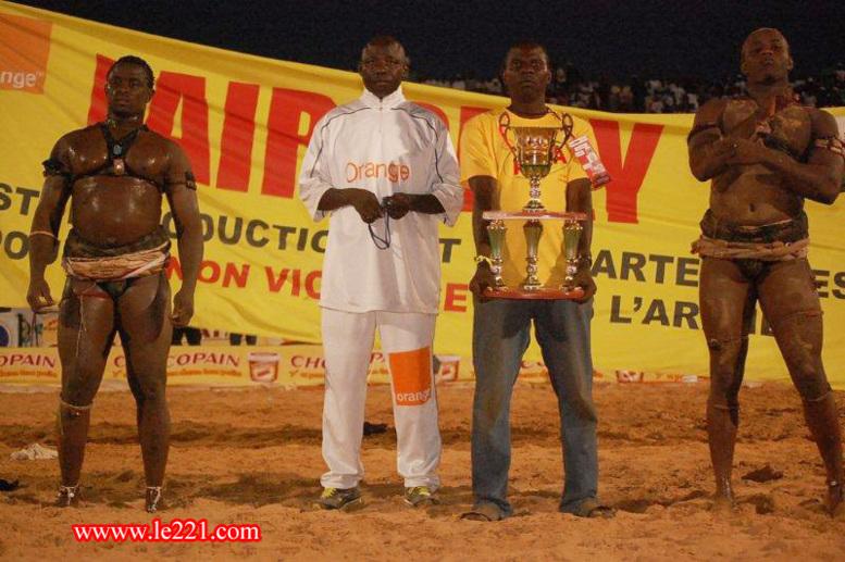 Saison de lutte 2012-2013: que des affiches entre espoirs pour le moment