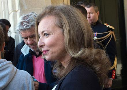 Valérie Trierweiler : Jean qui rit, Jean qui pleure attaque Closer