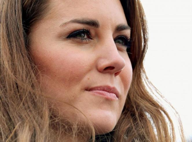 Kate Middleton topless : Le tribunal interdit la cession des photos