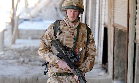 Prince Harry : ''Traitement de faveur'' pour la cible n°1 des talibans