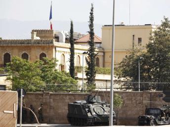 L'armée libanaise est déployée autour de la résidence de l'ambassadeur français au Liban. Beyrouth, le 19 septembre 2012.