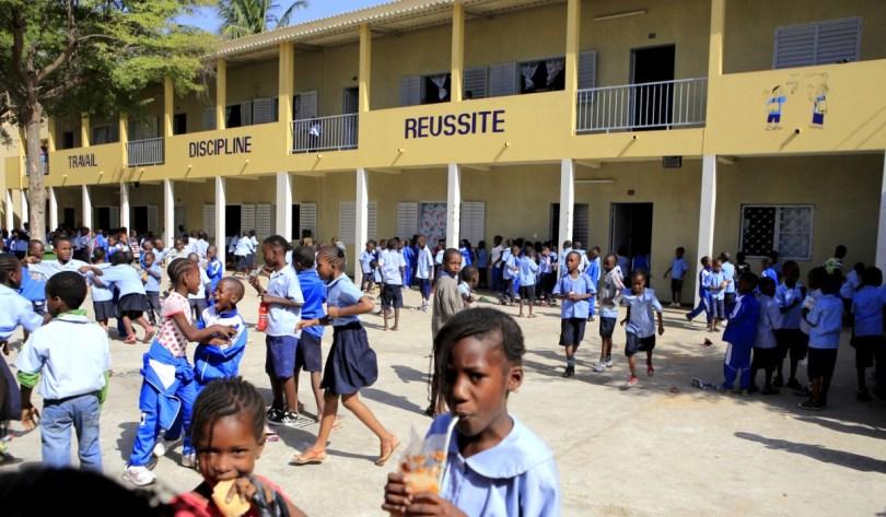 Reprise des cours: les parents d'élèves demandent la fermeture de toutes les écoles où il n'y aura pas d'eau