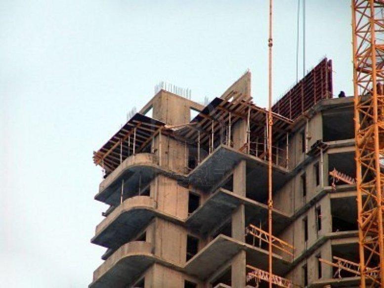 Dernière minute : un ouvrier chute du 7ème étage d'un immeuble et trouve la mort
