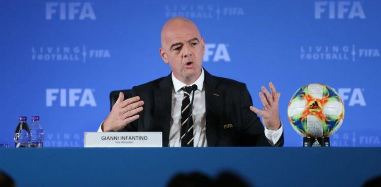 Plan d'aide contre Covid-19: la FIFA annonce encore plus d'argent pour ses confédérations