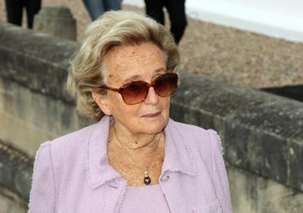 "Bernadette Chirac : Valérie Trierweiler à Canal+, ""ça ne serait pas convenable"""