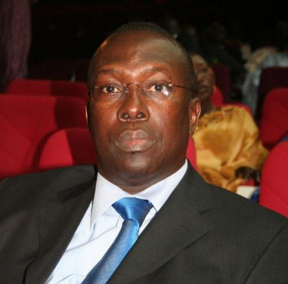 Pour avoir tourné en dérision le prix de Wade, les anciens de l'UJTL réclament la tête de Souleymane Ndéné Ndiaye