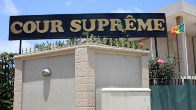 Honorariat au Cese: la Cour suprême se penche jeudi sur les deux requêtes du CRD